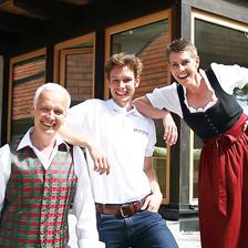Carmen & Bernd Schott mit Sohn Clemens, Betreiber des Vincent Hotel in der Südsteiermark